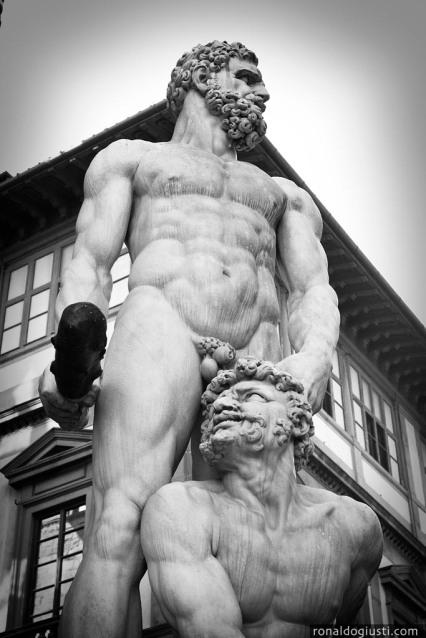 Hercules e Cacus, de Baccio Bandinelli